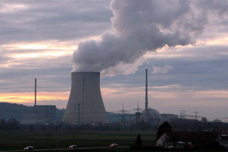 Sondaż: 58 proc. Polaków popiera budowę elektrowni atomowej
