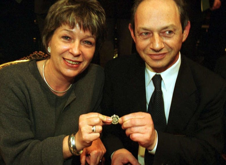 Dr Irena Eris i Henryk Orfinger w 2001 roku