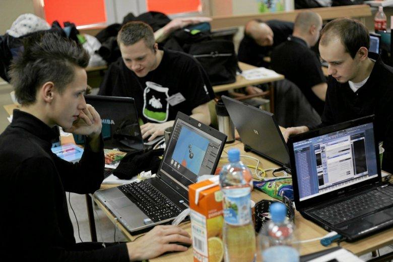 Zarobki testerów oprogramowania mogą dobić nawet kwoty 10 tys. zł brutto w przypadku najbardziej doświadczonych.