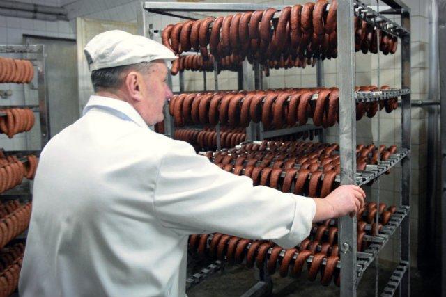 Dla naszego dobra powinniśmy niestety wszyscy zrezygnować z mięsa