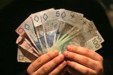 Polacy czują, że pieniądze przeciekają im przez palce i czas zacząć oszczędzać