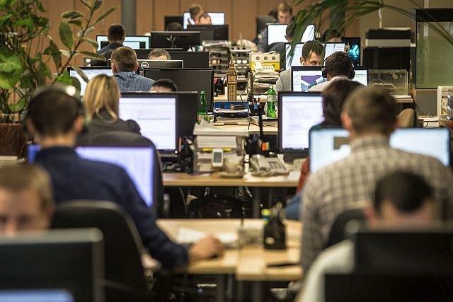 W maju we wszystkich województwach odnotowaliśmy spadek liczby internetowych ofert pracy na dwucyfrowym poziomie