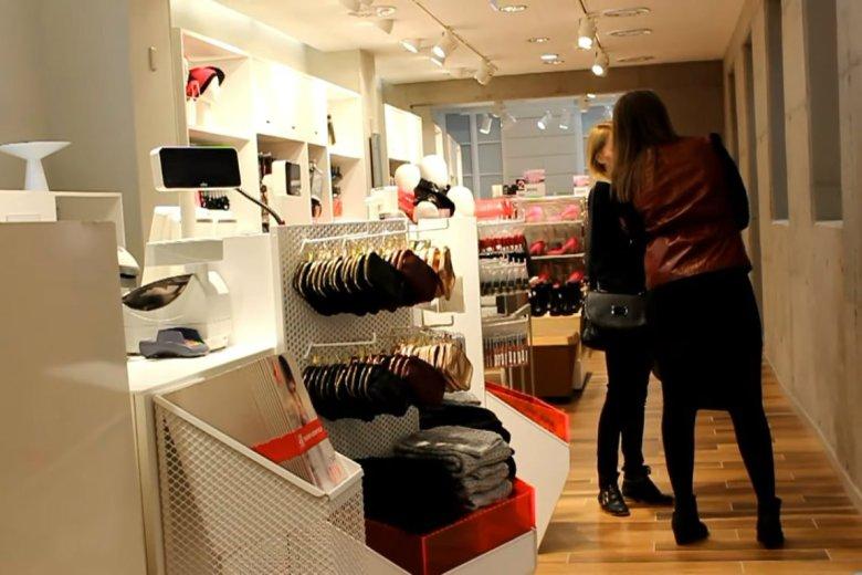 H&M wyjaśnia sprawę palenia ubrań