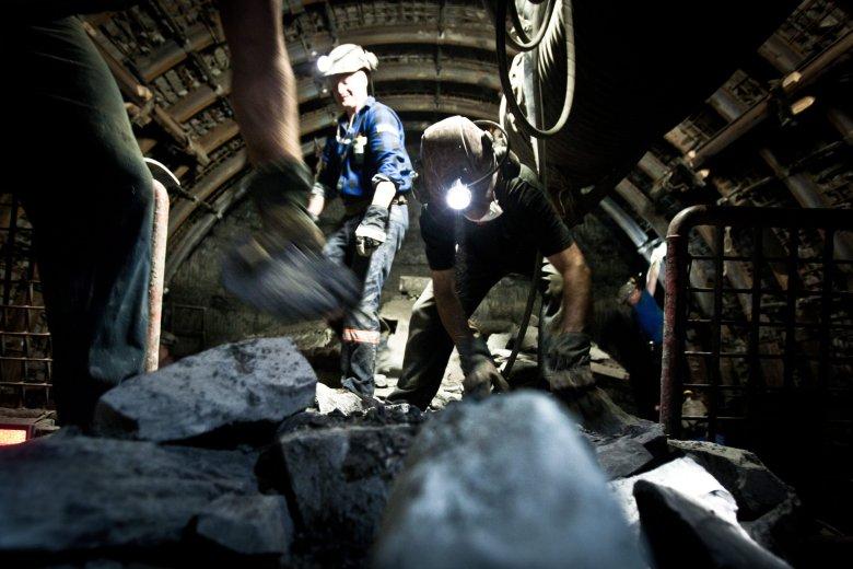 Polska energetyka ma opierać się na węglu z polskich kopalni. Tymczasem ogromne ilości tego surowca importujemy z Rosji.