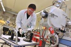 WAT posiada sieć 9 nowoczesnych laboratoriów.