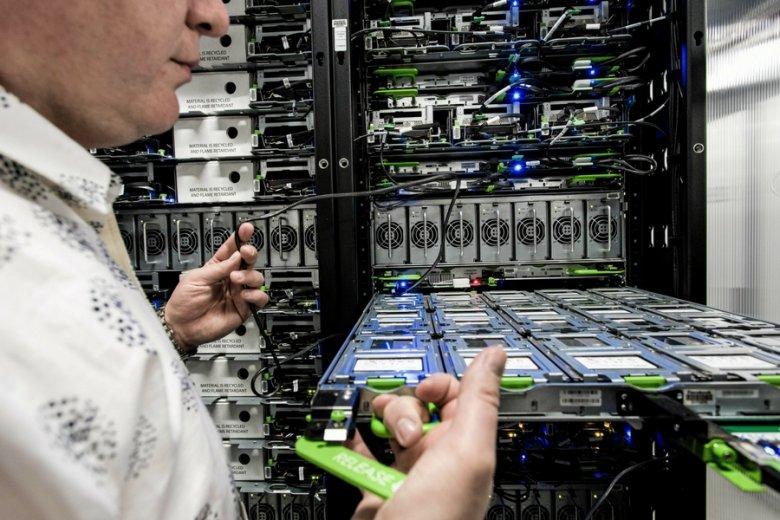 Centrum przechowywania danych firmy Facebook w Szwecji.