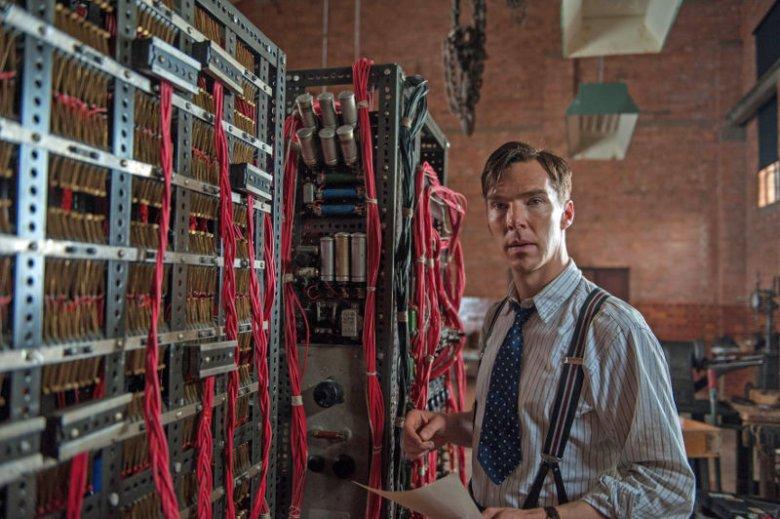 "Benedict Cumberbatch grał Alana Turinga w filmie ""Gra tajemnic""."