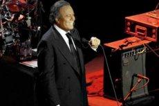 Dwie Polki postanowiły w 2006 roku zorganizować w naszym kraju koncerty Julio Iglesiasa.