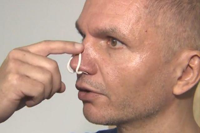 Mariusz Androsiuk ze swoim wynalazkiem. Na koncie ma już kilka ciekawych patentów z dziedziny budownictwa