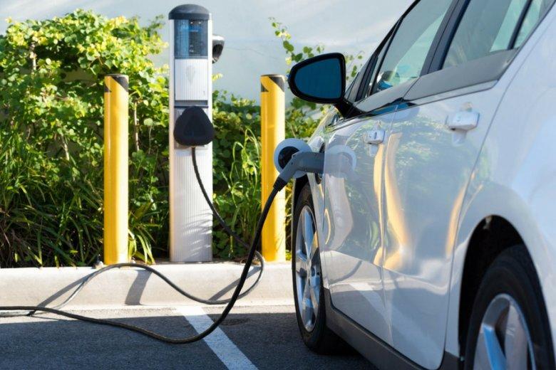 Polskie auto elektryczne ma kosztować maksymalnie 70 tysięcy złotych.