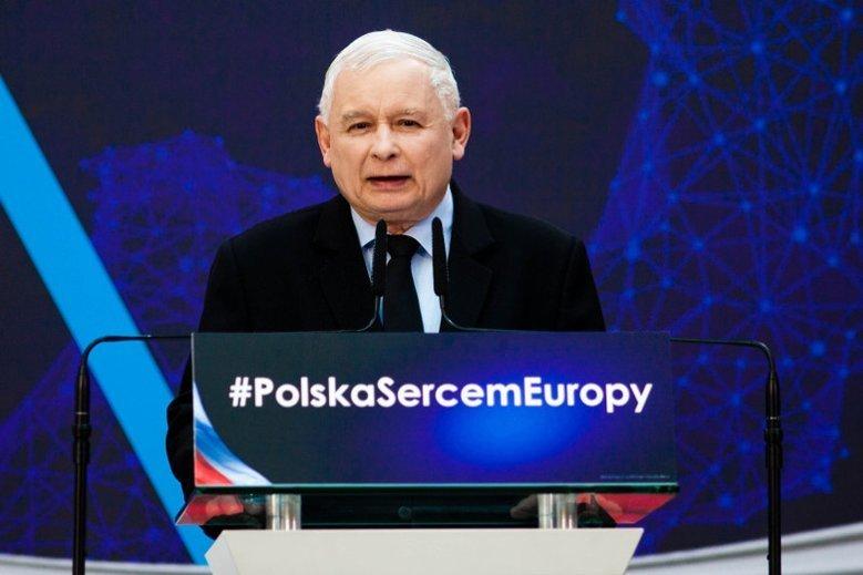 """Jarosław Kaczyński zapowiedział, że Polska wejdzie do strefy euro wtedy, gdy """"osiągnie rozwój państw Zachodu"""". Czyli w 2052 r."""