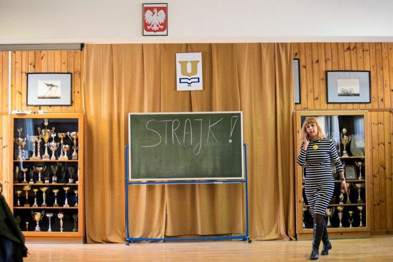 Rząd planuje przywrócić możliwość wcześniejszego przejścia na emeryturę dla nauczycieli.