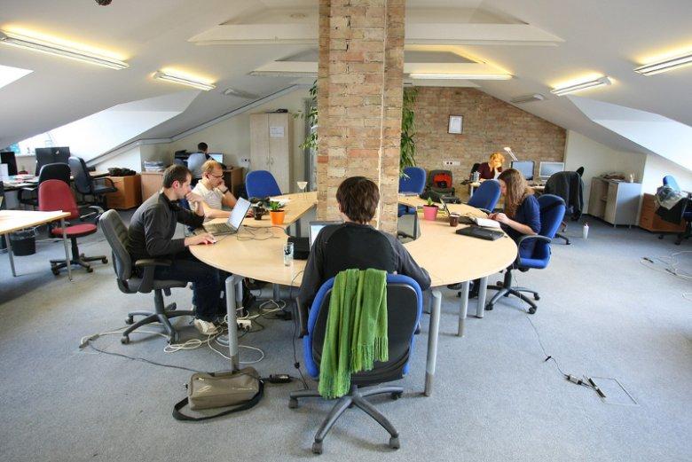 Coworking to szczególnie atrakcyjna propozycja dla młodego biznesu