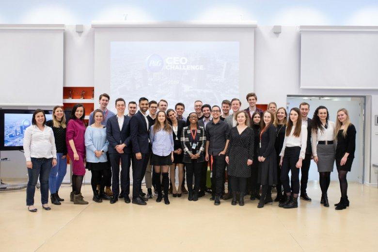 CEO Challenge to jeden z programów, dzięki któremu firma P&G pozyskuje młode talenty. Skierowany do studentów najlepszych uczelni, stanowi doskonałą okazje do sprawdzenia się w roli przyszłych managerów firmy. Dzięki CEO Challenge, każdy uczestnik może po
