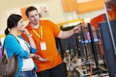 Sprzedawcy sprzętu elektronicznego coraz częściej proponują kupującym ubezpieczenia w zagranicznych towarzystwach.