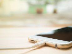 Iphone'y mają specjalne ładowarki, które nie pasują do telefonów innych marek