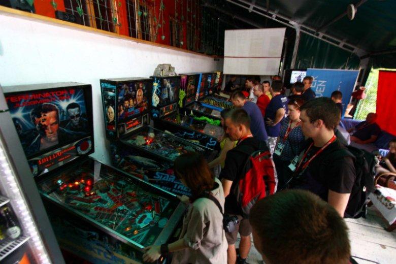 Jak nakazuje tradycja, na tegorocznym festiwalu niezależnych gier będzie można pograć w automaty arcade, flippery i inne wynalazki z lat 80. i 90. ubiegłego wieku