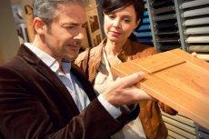 UOKIK rozbił zmowę producentów płyt drewnopochodnych, które są używane do produkcji mebli. Okazało się, że przez ostatnie 4 lata firmy dogadywały się ze sobą odnośnie cen, wprowadzania podwyżek i wielkości sprzedaży