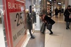 Z okazji Black Friday w wielu polskich sklepach na klientów czekają promocje nawet do 50 proc. Niestety, w większości są one naciągane.