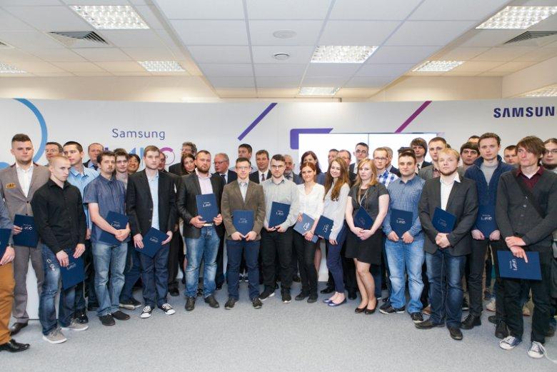 Uczestnicy Samsung LABO.