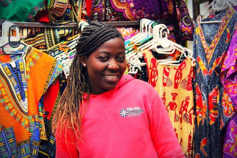 Są miejsca takie, jak Afryka: tu opłata za przelew to średnio kilkanaście procent wartości przelewanej kwoty, a w skrajnych przypadkach - nawet 30 proc.