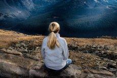 Wystarczy 20 minut medytacji, by lepiej unikać popełniania błędów