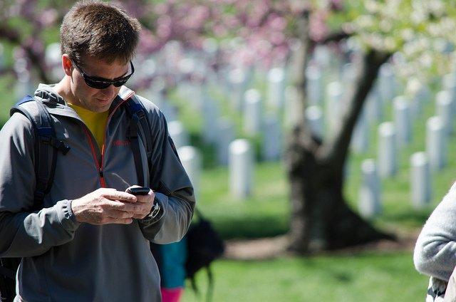 Istnieją aplikacje na telefon, które pomogą użytkownikom w oszczędzaniu pieniędzy.