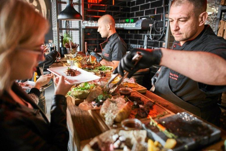 36 mld zł zostawiliśmy w lokalach gastronomicznych od początku 2017 r.