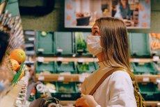 Większość Polaków to zwolennicy obowiązku noszenia maseczek w sklepach.
