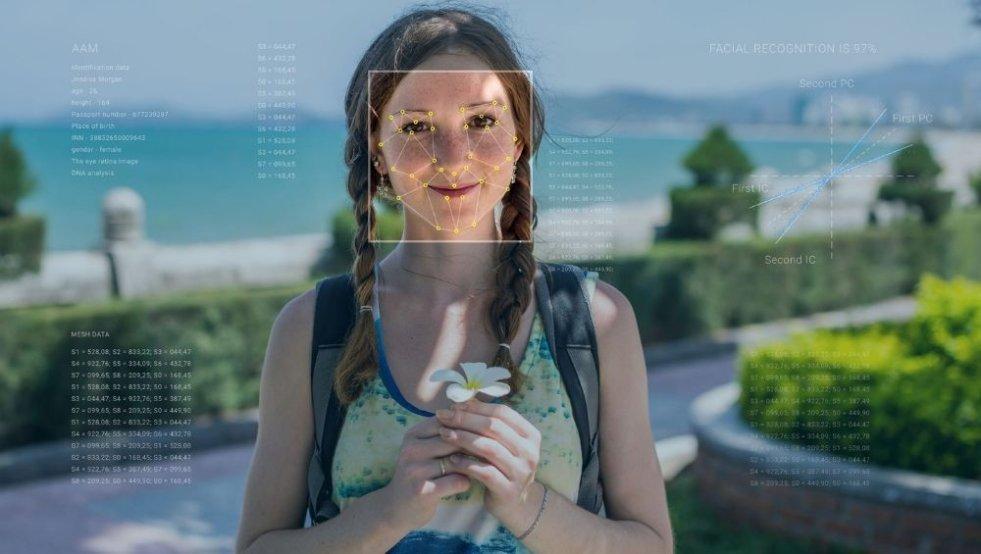 Jak działa biometria? Rozpoznawanie twarzy wydaje się bezpieczne, ale kradzież danych na temat tej twarzy tworzy nowe zagrożenia.
