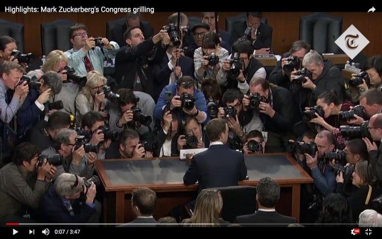 Wszystkie oczy zwrócone na Marka Zuckerberga, który zeznawał przed amerykańskim Kongresem.