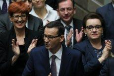 Na nagrody przeznaczono aż 44 mln zł. W resorcie spraw zagranicznych średnia nagroda na urzędnika wyniosła 7,3 tys. zł. Wygląda na to, że w ministerstwie pracują sami ponadprzeciętnie uzdolnieni urzędnicy.