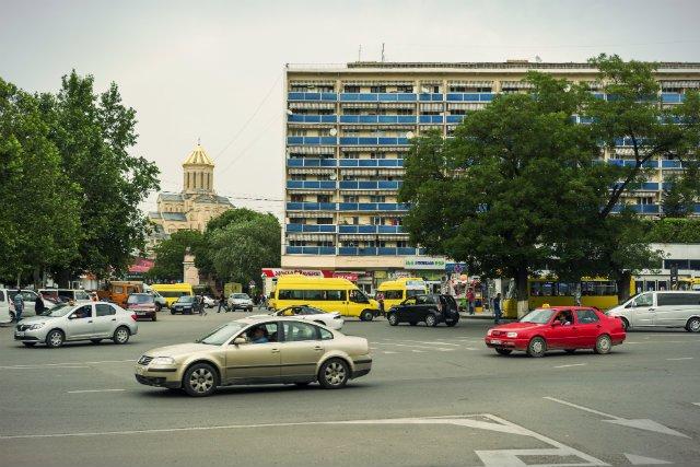 Widok z ulic Tbilisi