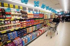 W sklepach sprzedaje się coraz więcej gotowych dań, w Lidlu można kupić nie tylko kanapki i sałatki, ale i hamburgery