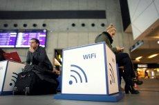 W czasach gdy korzystanie z internetu stało się dla większości z nas czymś tak naturalnym jak powietrze, problemy z Wi-Fi stają się problemem o dużej randze