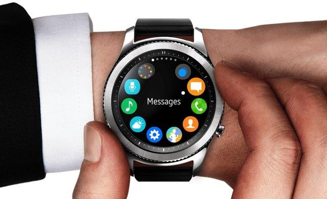 Samsung Gear S3: ok. 1200 zł