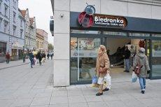 Firma Jeronimo Martins, właściciel sieci Biedronka, będzie musiała zapłacić ponad 350 tys. zł kary. To za braki cen na półkach.