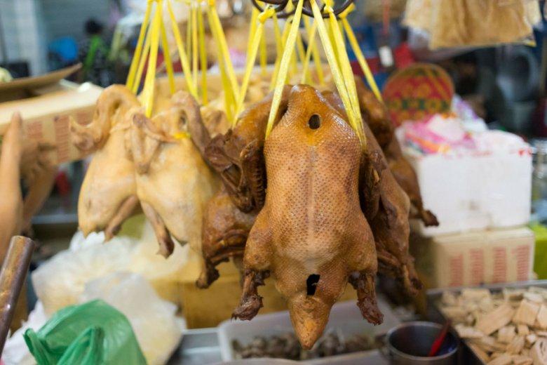 Drób jest podatny na salmonellę, ryby - na listerię - ostrzegają eksperci.