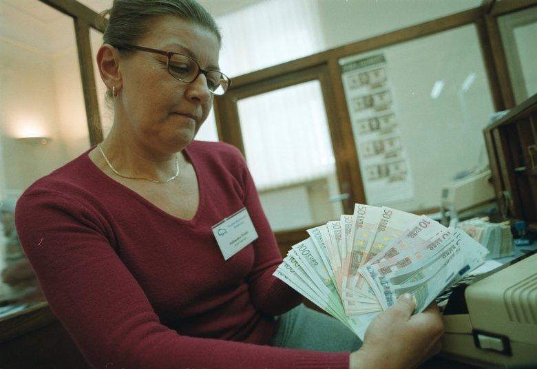 Dodatkowe pieniądze dla bezrobotnych poruszą polską gospodarkę?