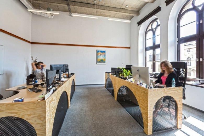 W biurach Opera Software pracuje ponad dwieście osób.