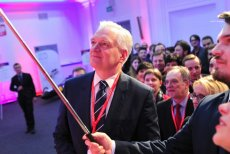 Podczas środowego tweetupu wicepremier i minister nauki Jarosław Gowin przedstawił najbliższe plany swojego resortu. Zmiany mają iść w kierunku poprawy innowacyjności i likwidacji barier biurokratycznych dla środowiska akademickiego