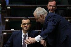 """Przewodniczący Komitetu Stałego Rady Ministrów, Jacek Sasin, zapewnia, że rząd prowadzi odpowiedzialną politykę finansową i nie zadłuża Polski. A przynajmniej """"nie jak poprzednicy""""."""