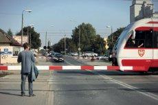 Zagrożonych zamknięciem są tysiące przejazdów kolejowych w kraju