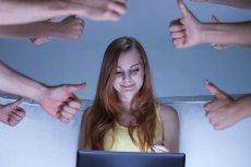 Facebook krytycznym okiem przygląda się mediom społecznościowym