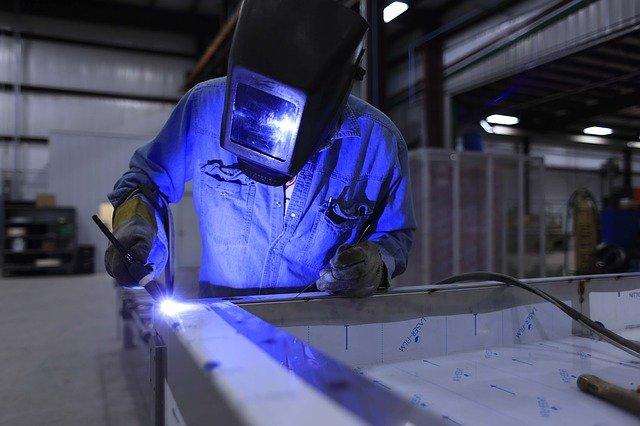 Polski przemysł zostanie prawdziwie nowoczesnągałęzią gospodarki?