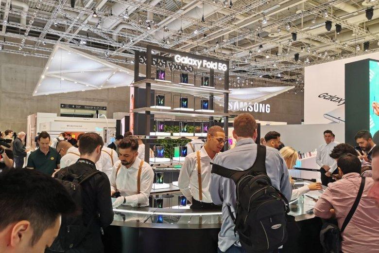 Stoisko firmy Samsung na targach IFA w Berlinie. To tu zaprezentowano Galaxy Fold.