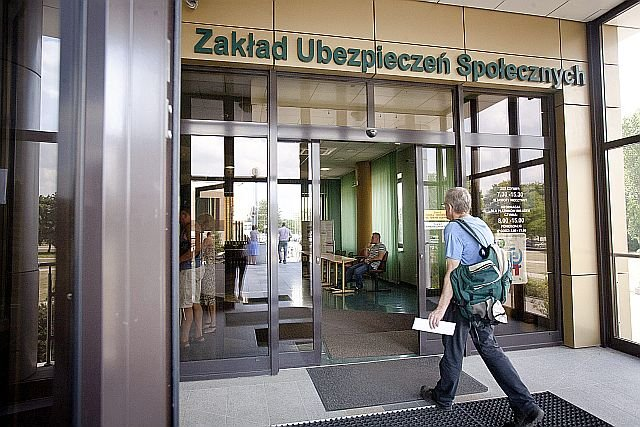 KNF wystosowała ostrzeżenie przed współpracą ze Związkiem Zawodowym Pracowników ZUS z siedzibą w Warszawie