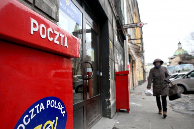Allegro namawia resort infrastruktury do pobierania VAT od chińskich przesyłek. Poczta Polska może na tym sporo stracić - twierdzi Rzeczpospolita.
