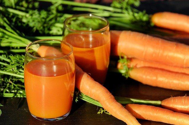 Podczas wyciskania soków z warzyw i owoców pozbywamy się sporej ilości błonnika, kóry teraz może być powtónie wykorzystany.