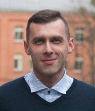 Marek Jarząbek, Content & Community Manager w No Fluff Jobs